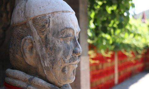 中国 銅像