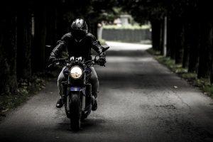 ホンダのバイクに乗る人